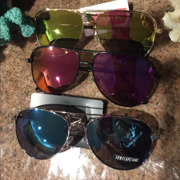 334514f2eb38 Bundle of 3 different colors Aviator Sunglasses 🕶